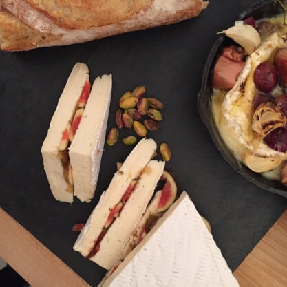 """3) A brie """"sandwich"""" stuffed with figs, jam and pistachio"""